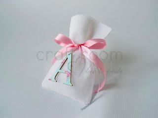 μπομπονιερα-βαπτιση-χειροποιητο-πουγκι-κοριτσι-αρχικο-πριγκιπισσα-ροζ-πουα-βεραμαν-ξυλινη