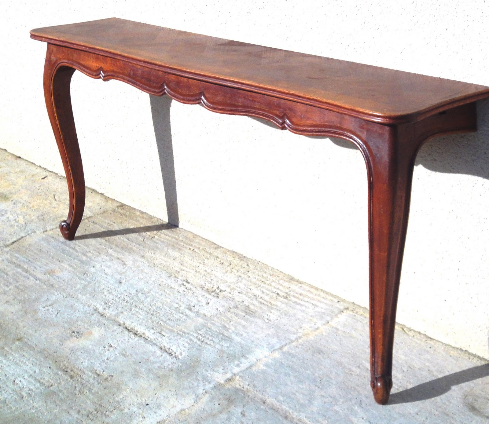 Remodelaholic how to make two console tables how to make two console tables geotapseo Images
