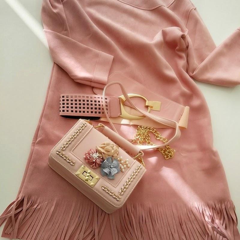 Pembe Detaylarla Kış Modası (Blogger Fashion)