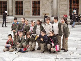 Relato da viagem em Istambul, Turquia: uma incrível cidade, europeia e asiática, e maravilhosas construções como a Hagia Sophia, a Mesquita Azul e o Palácio Topkapi.