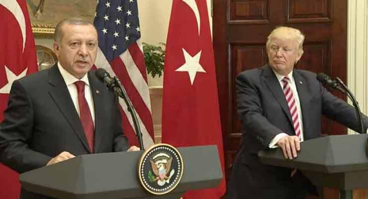 Trump Siap Hancurkan Ekonomi Turki