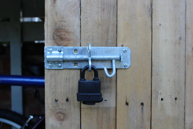 heavy duty latch for shed ironmongery direct