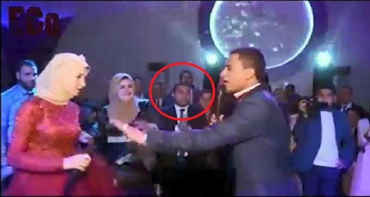 عروسان مصريان يشعلان مواقع التواصل بتصرف غريب يحصل لأول مرة في مصر