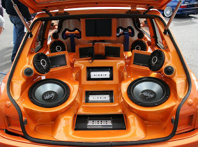 What to Look For When Buying Car Speakers