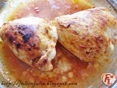 Sausage & Cheese Stuffed Chicken دجاج محشو بالسوسيس والجبن