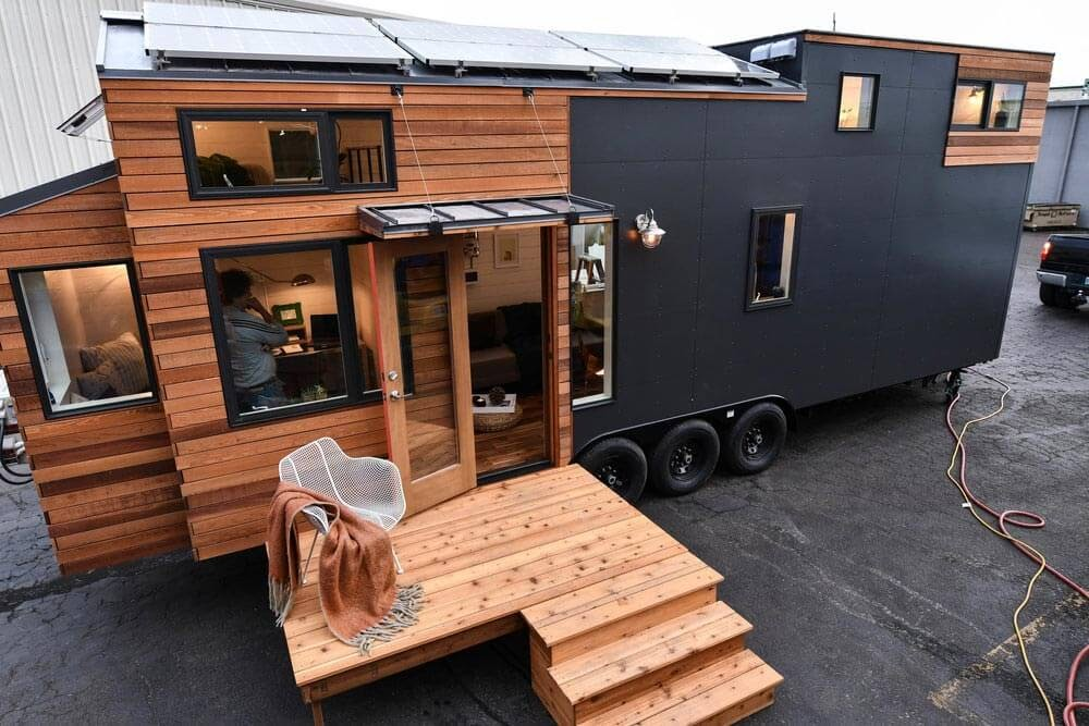 01-Front-Elevation-Truform-Compact-Architecture-Tiny-House-Living-www-designstack-co