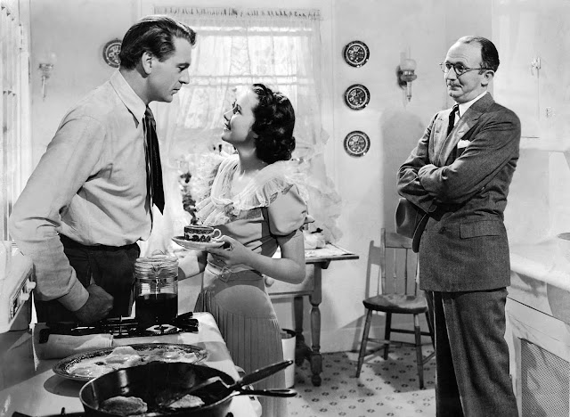 Gary Cooper, Teresa Wright and Walter Brennan in The Pride of the Yankees (1942)