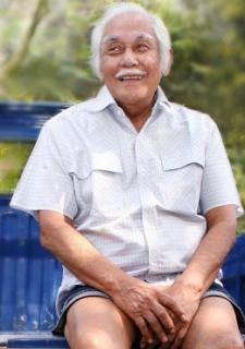 Biografi Bob Sadino Pengusaha Sukses Indonesia