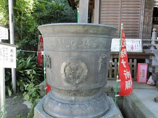 八雲神社天水盤