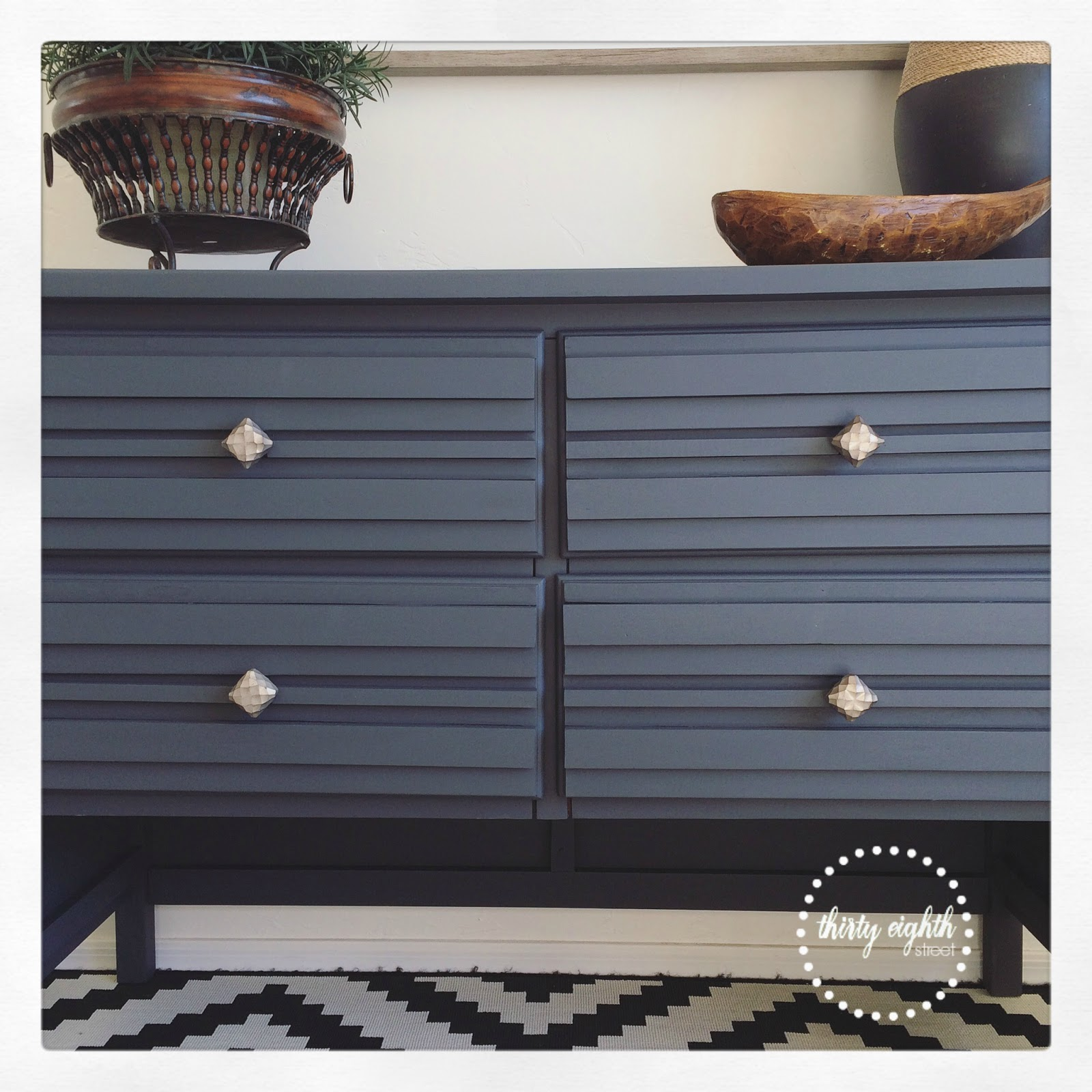 Fab Furniture Flippin Contest: How To Add Texture To
