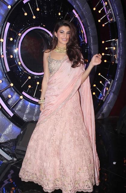 Jacqueline Latest Stills in Kaabil Film Promotion On The Sets Jhalak Dikhhla Jaa Season 9