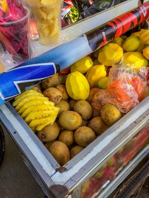 buah potong di cfd dago bandung