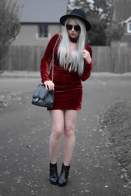 Sammi Jackson - Irisie Burgundy Wine Red Choker Plunge Neck Bodycon Velvet Lace Dress
