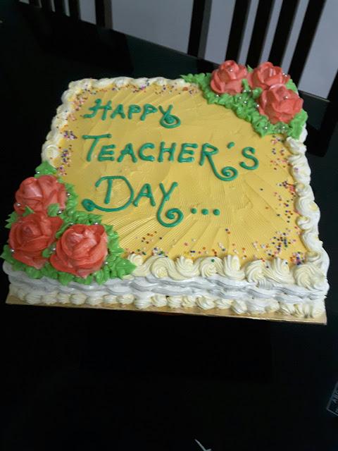 Best Cake image Of Teachers Day 2016