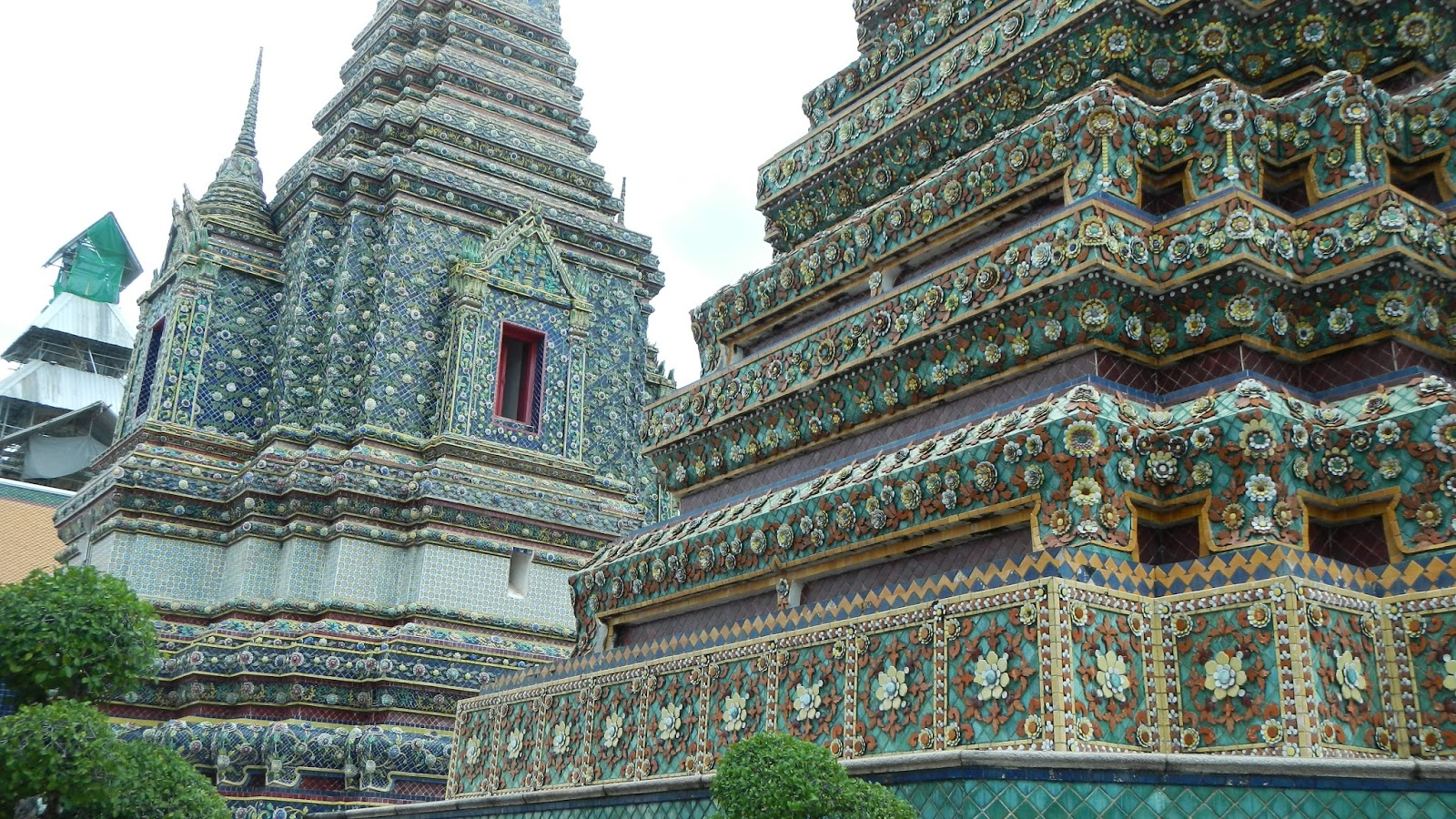 ...Tile Art and Wat Pho