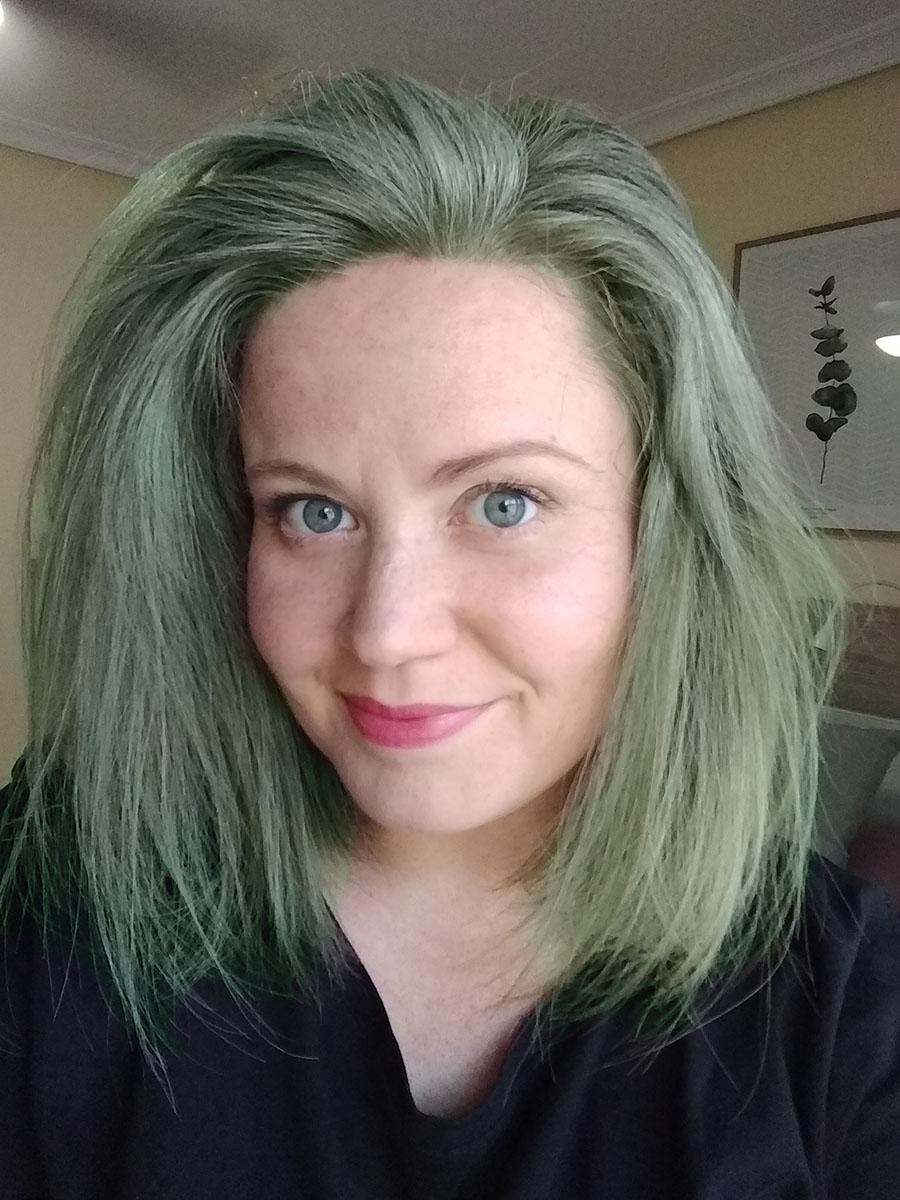 Como sacar el color verde del pelo