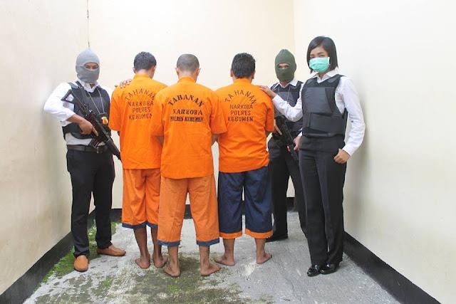 Satuan Narkoba Polres Kebumen Tangkap Seorang Pengedar dan Dua Kurir Sabu