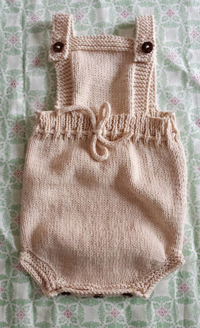 ranita o pelele de punto de algodon safran para bebe