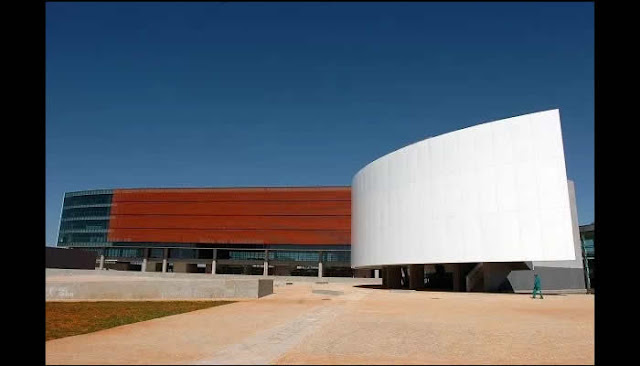 Concurso da Câmara Legislativa do DF pagará R$ 15,8 mil para Analista de Sistemas.
