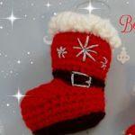 http://tejiendoconchico.blogspot.com.es/2015/11/bota-o-calcetin-para-adornar-en-navidad.html