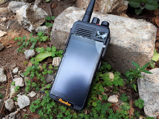 Runbo K1 Walky Talky DMR VHF Android 4G LTE RAM 2GB IP67 Certified