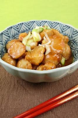 揚げ鶏と里芋の煮物