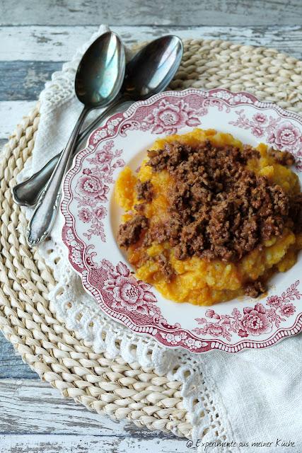 Experimente aus meiner Küche: Möhren-Kartoffel-Stampf mit Hackfleischsoße