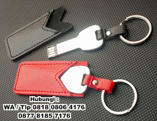 USB Flashdisk Bentuk Kunci Sarung Kulit, Flashdisk Kulit Pouchy FDLT26, Flashdisk KUNCI metal, USB Metal Key + Leather Pouch, USB Flashdrive leather cover berdesain kunci tipe FDLT26, Usb Metal Key Sarung Kulit, Flashdisk Kunci Packaging Kulit, USB Flashdrive leather cover berdesain kunci