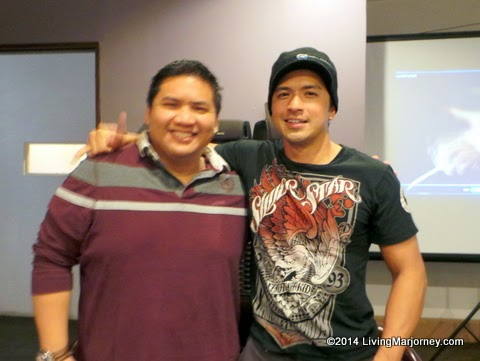 Director Mike Tuviera and Dennis Trillo