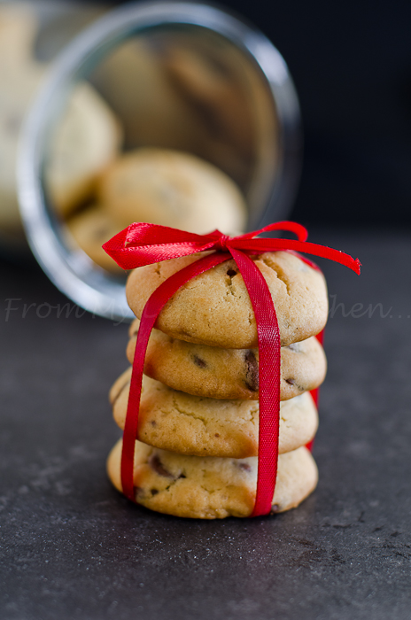 Easy Chocolate Chip Cookies recipe.