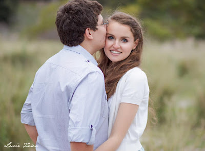Kristy and Jesse - Engagement Shoot - Centennial Park - Lucie Zeka