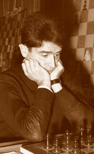 El ajedrecista Aleksandar Matanovic