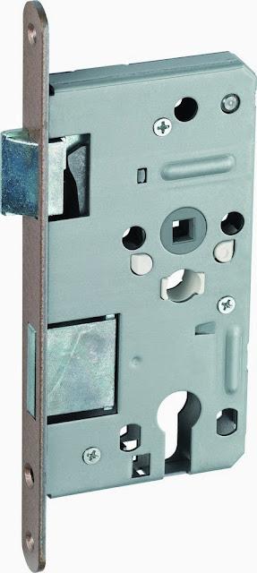 sửa khóa cửa gỗ