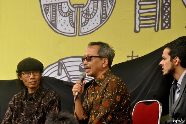 Sandyawan Sumardi (Director of Ciliwung Merdeka) dan Wicaksono Sarosa (Kemitraan Habitat)