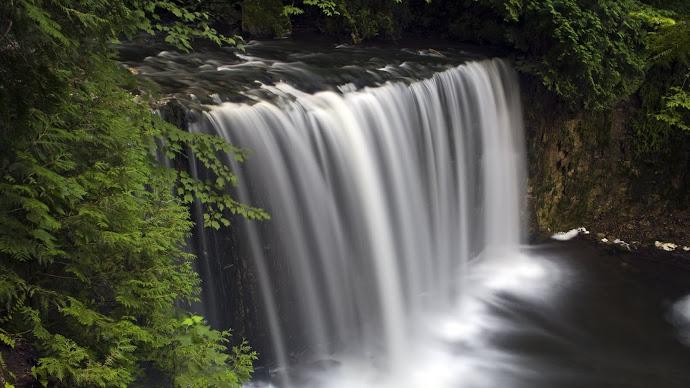 Wallpaper: Hoggs Falls