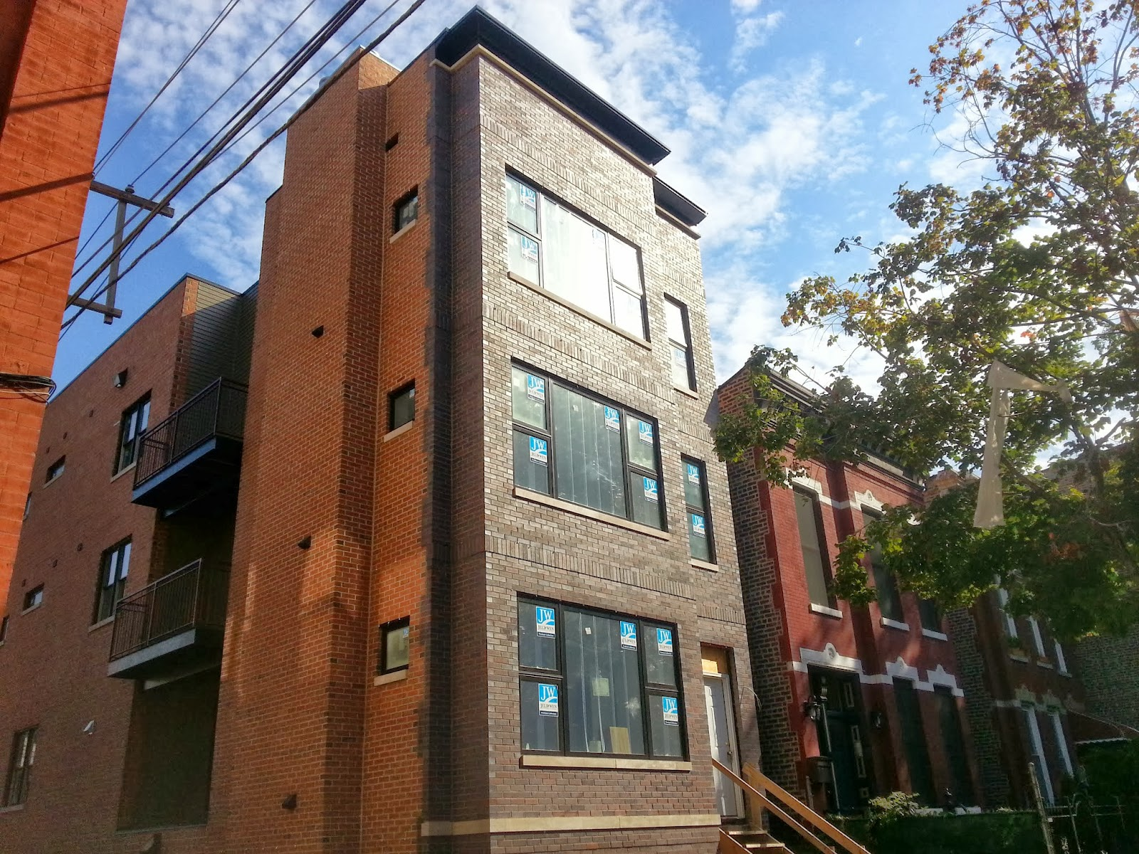 The Chicago Real Estate Local West Town Quot Three Bedrooms