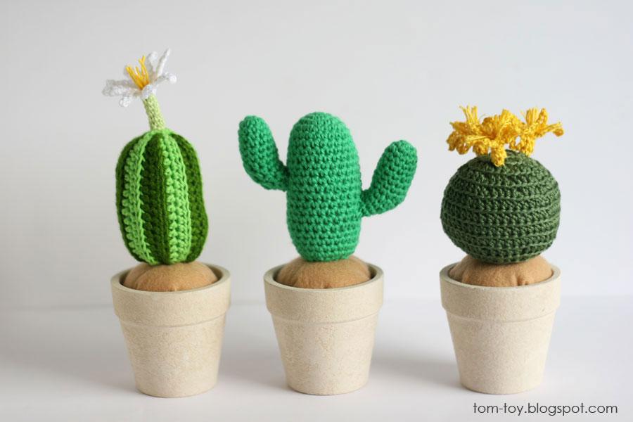 Сrochet cacti/succulent plant in pot