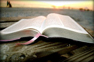 A Bíblia é apenas um conto de fadas?