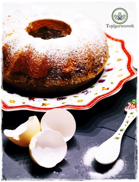 Gartenblog Topfgartenwelt Food-Fotografie: Frisch gebackener Mamorkuchen - Stilleben