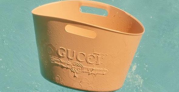 Gucci Keluarkan Beg Design Baru Berharga Ribuan Ringgit Tapi Sebiji Macam Bekas Isi Ais