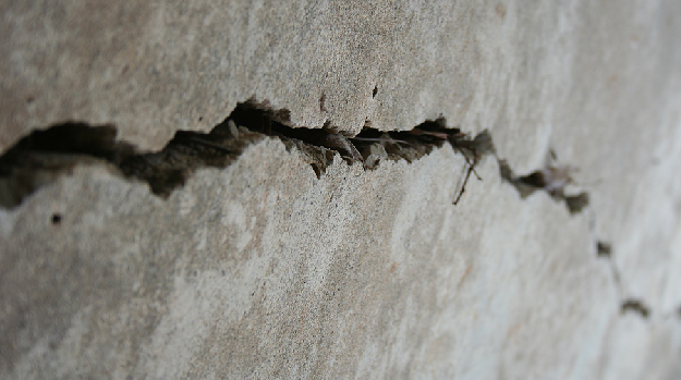 Check the Small Crack from Wall