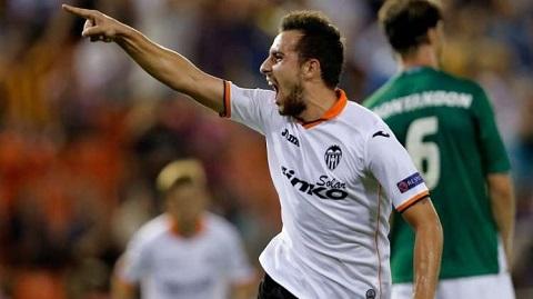 Paco Alcacer sẽ chuyển sang thi đấu cho đội bóng xứ Catalan.