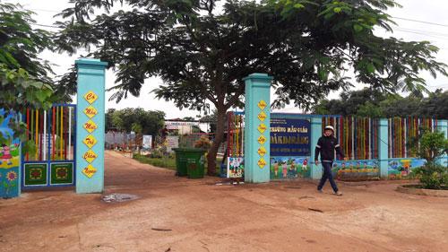 Gia Lai: Tố hiệu trưởng, 4 giáo viên phải đi vùng xa