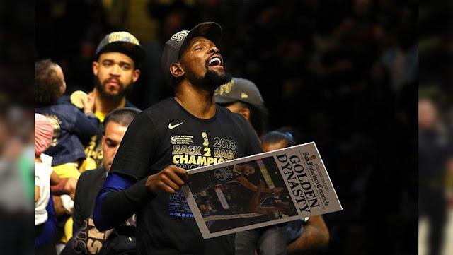 Bawa Warriors Pertahankan Gelar NBA, Kevin Durant Raih Gelar MVP