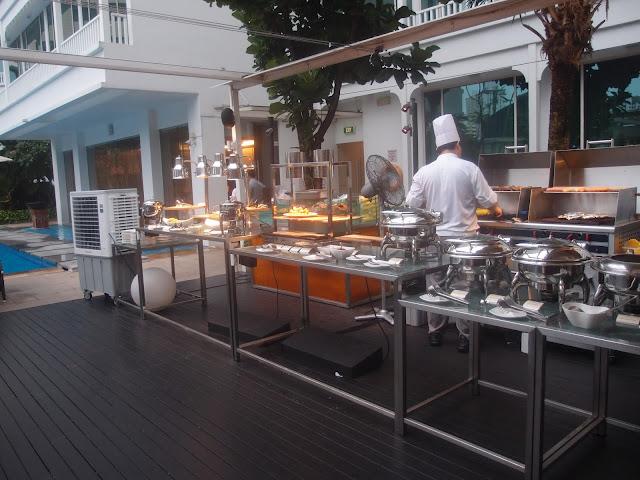 Cocobolo Bar + Grill