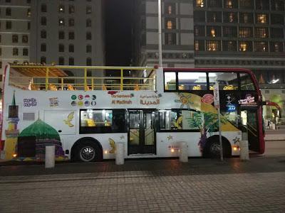 Bus malam di madinah