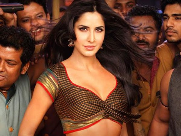 Katrina wears a nose ring in Chikni Chameli songOm Puri Nose