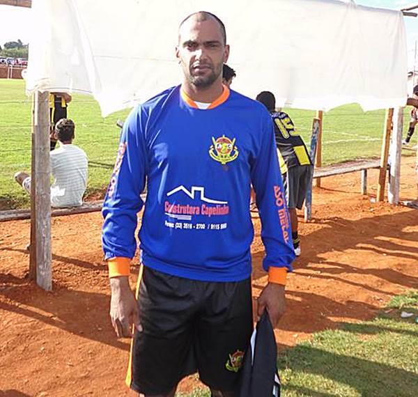 Alexandre é ex-zagueiro do Palmeiras