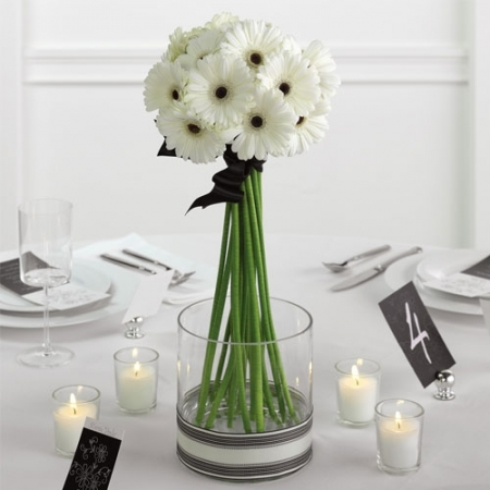 Simple modern wedding flower decor wedding decorations Simple flower decoration ideas