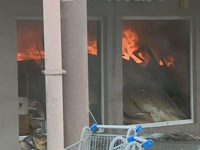 Incendio Walmart